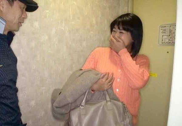 【熟女】「こんなところで再会するなんて…♡」熟デリ嬢は大昔に別れた恋人!秘密の生ハメSEXは二人の時をあの頃に巻き戻す!