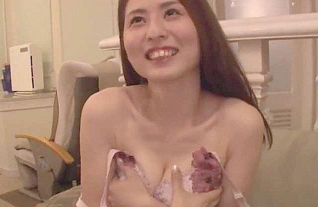 〖不倫〗「妻を寝取ってほしい」まさかのNTR依頼!関西弁が萌える人妻熟女をナンパGETで、お望みどおりの寝取りFuck!