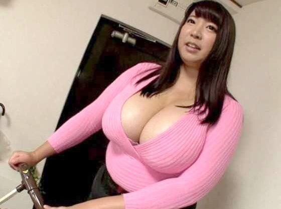 【デブ専】スーパーおっぱいのJカップで誘惑!たっぷりボディ美女をナンパ⇒膣奥まで巨根ブッ挿し乱れる淫乱巨乳妻!