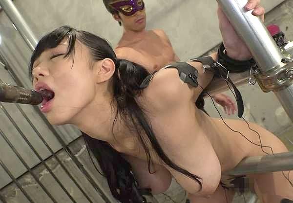 〖調教〗「ヤバイよぉ…♥」拘束されて陵辱の爆乳美女!チ○ポに乱れて強制絶頂の爆乳美女!