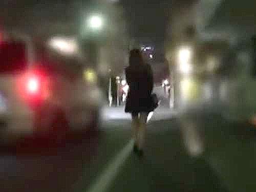 〖レイプ〗繁華街を歩くOLが受難!!泣き叫ぶ女を車に押し込み連れ去り……電マ責めにイラマチオで3PFuckの鬼畜たち!!