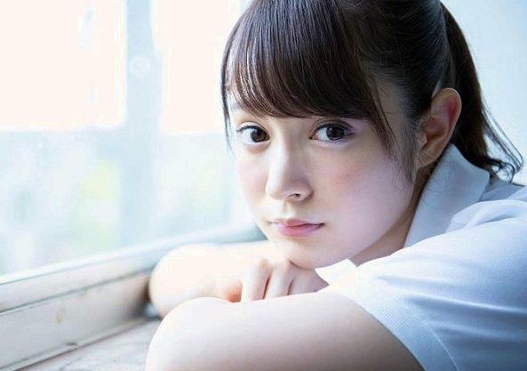 〖成宮りか〗『んっ…恥ずかしいです♥』超絶美形のハーフ少女が初撮りSEX!ポニテ揺らして赤面羞恥のデビュー作品